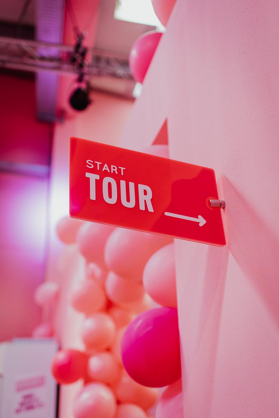 Tour Start