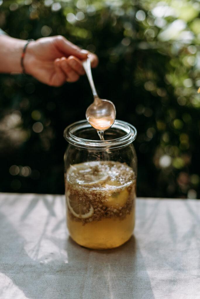 Holunderblütensirup Zubereitung